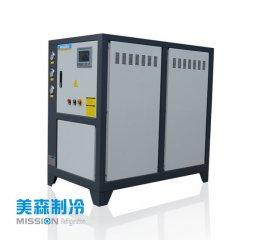 风冷式冷水机出现噪音时的维护方法